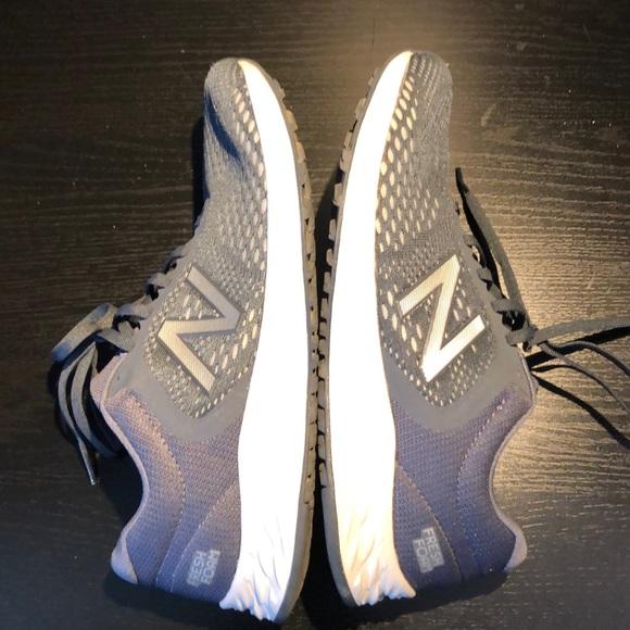 NEW - New Balance women's runners -size 9